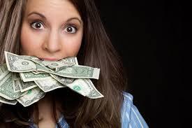 деньги в зубах