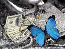 Как правильно относиться к деньгам?