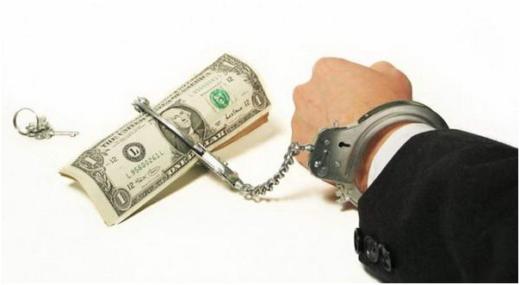 Как оказаться в долгу у МФО, не занимая денег