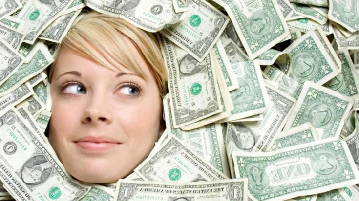 Как заработать много денег без вложений и обмана сидя дома